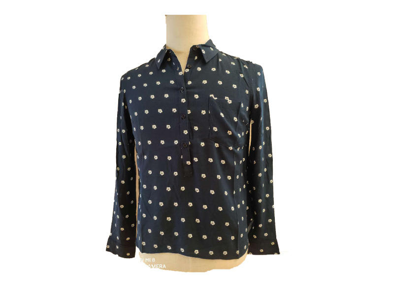 Women's White Flower Print Long Sleeve Floral Blouse and Shirt with A Chest Pocket